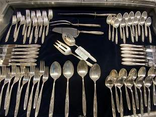 70pc. Towle Rose Solitaire Sterling Silver Flatware