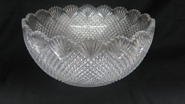 "A Large ABCG Diamond & Point & Fan 14.5"" Bowl"