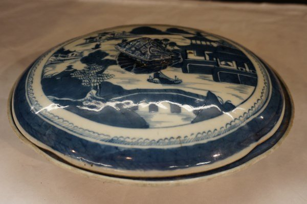 Chinese Export Blue and White Tureen