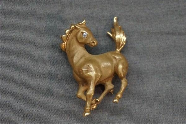 14K Gold and Diamond Horse Pin