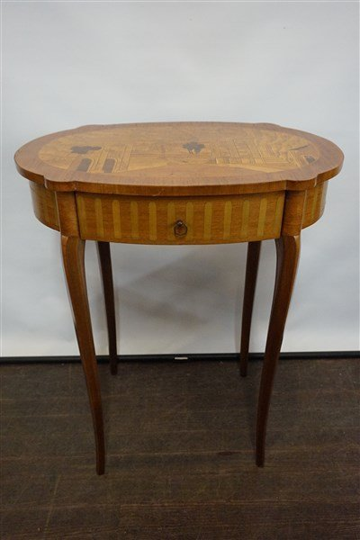 Louis XV Style French Marquetry Single Drawer Table
