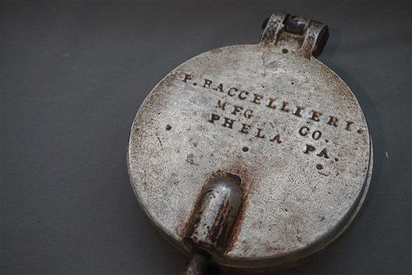 Antique Pennsylvania Waffle Iron - 2