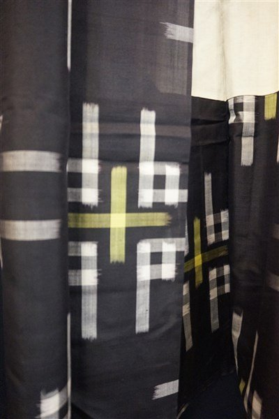 Three (3) Vintage Japanese Kaguri Kimonos - 7