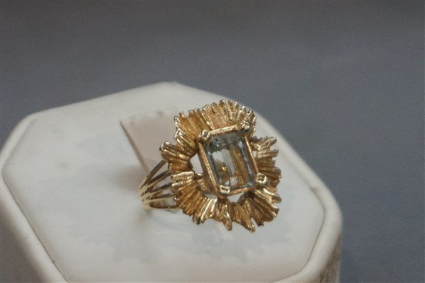 14k Estate Aquamarine Modernist Design Ring - 2