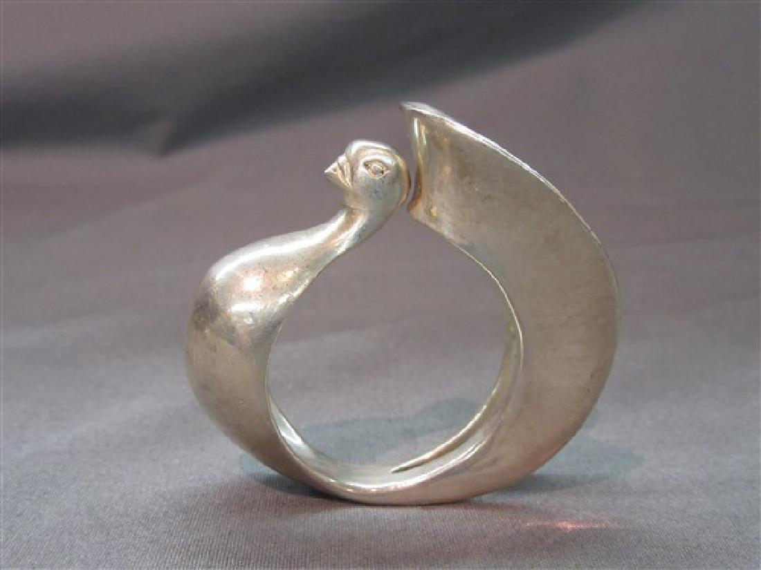Clifton Nicholson (b. 1944) Silver Swan Napkin Ring