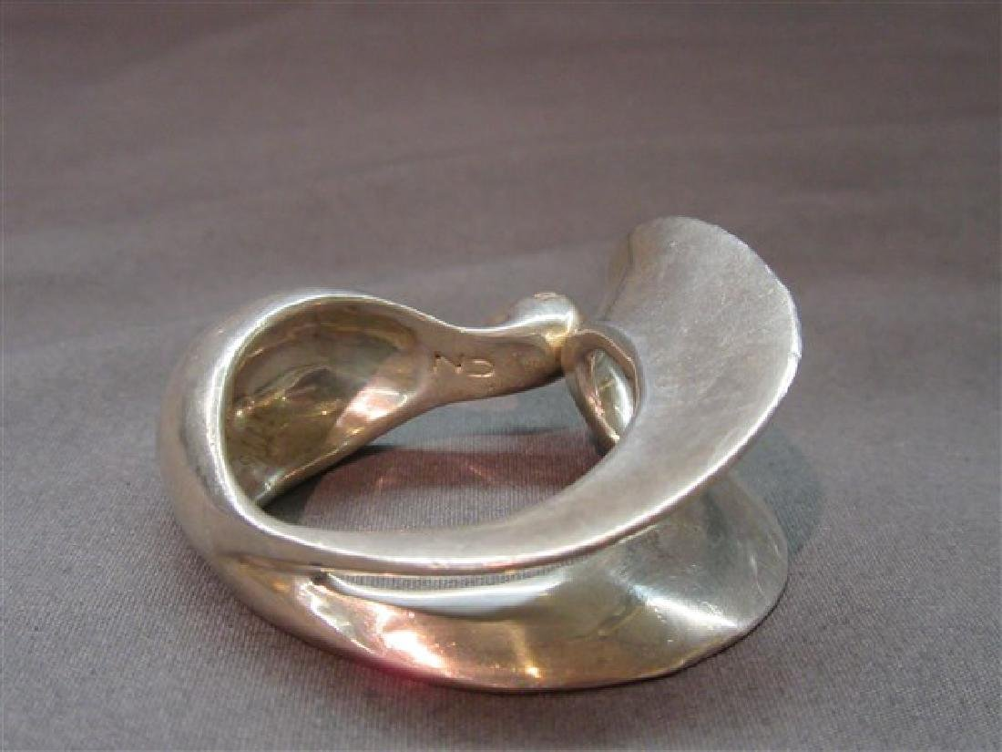 Clifton Nicholson (b. 1944) Silver Swan Napkin Ring - 3