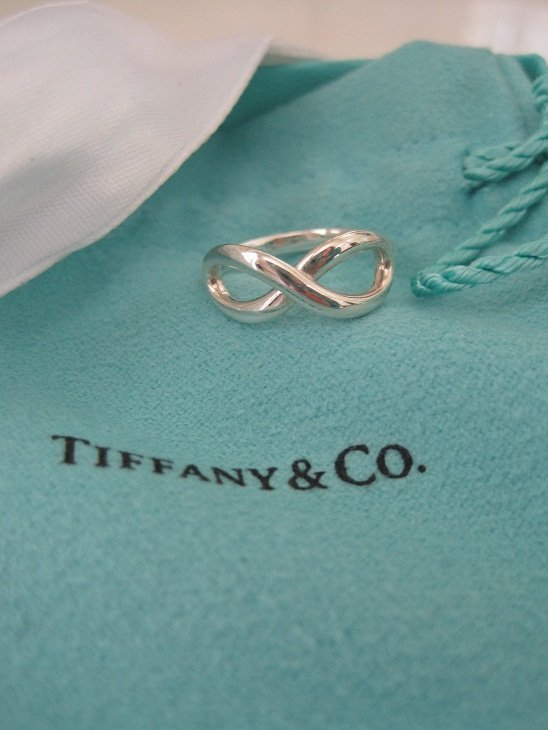 Tiffany & Co MINT Sterling Silver Infinity Ring Sz 4.5