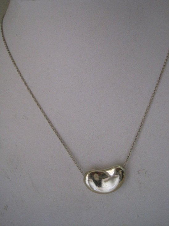 Tiffany & Co Elsa Peretti Bean Necklace 16""