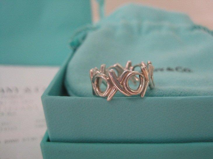 Tiffany & Co. Paloma Picasso Graffiti XO Ring Sz 5
