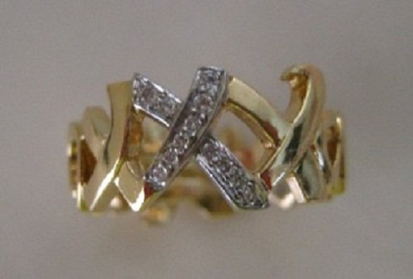 Tiffany & Co Paloma Picasso Hugs & Kisses Ring