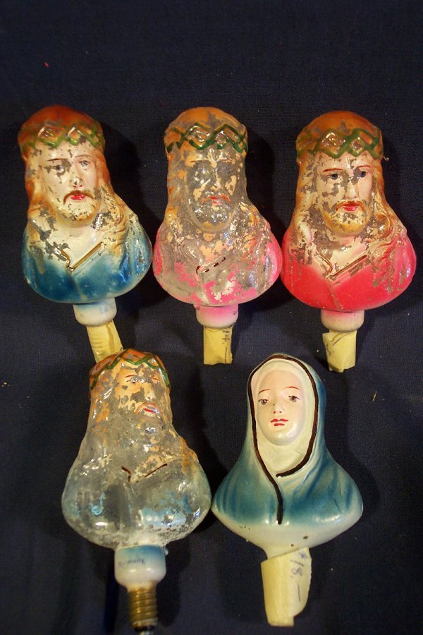 171: Lot of vintage Christmas religious lights.  Lot of