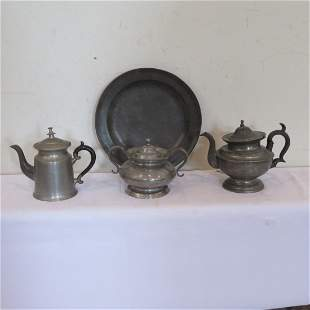 4 pieces of early pewter