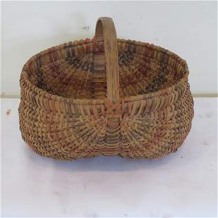 Small buttocks basket with red & blue stripes