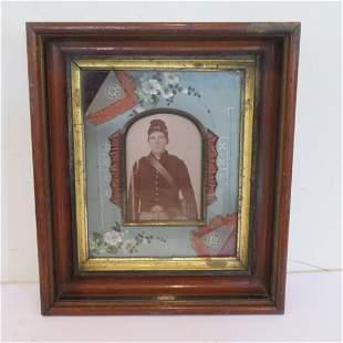 Framed image of Civil War soldier