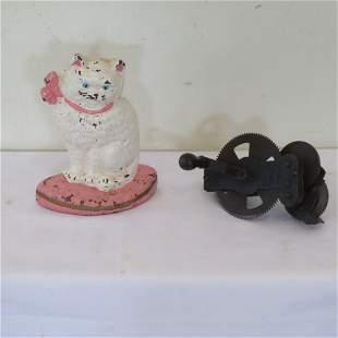 Cat w/ ribbon CI door stop and sharpener