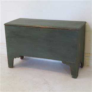 Pine green painted 6 board chest