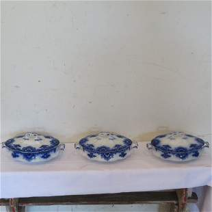 3 Clifton flow blue covered vegetable dishes