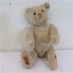 Early Steiff teddy bear with shoe button eyes