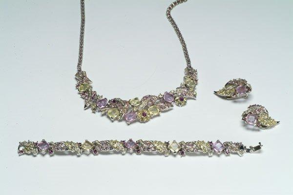10: 10: Fashion Boucher Crystal Parure
