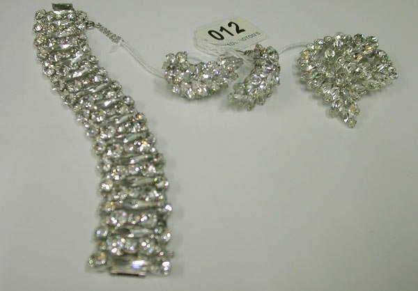 12: 12: Fashion Sherman Crystal Parure