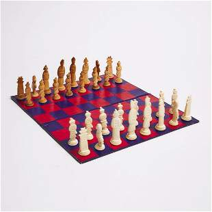 A Chinese Bone Carved Chess Set, Early 20th Century