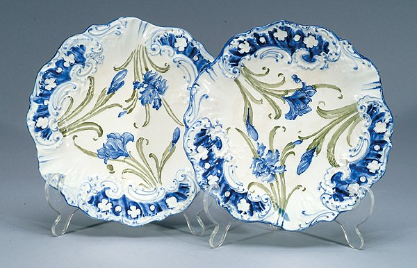 21: Moorcroft Pair of Macintyre Dubarry Plates, c.1902