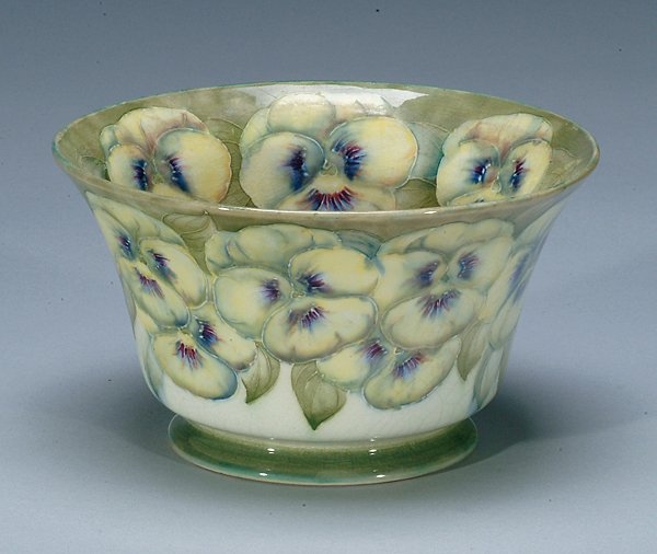 94: Moorcroft Macintyre Pansy Bowl, dated 1912