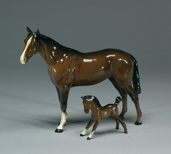 1017: Beswick Bois Roussel Racehorse #710 and Foa