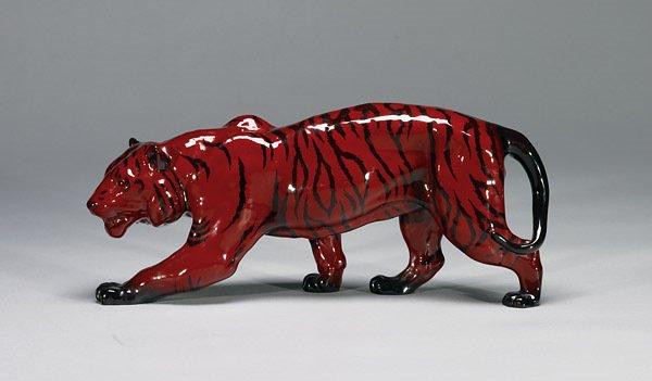 1021: Royal Doulton Tiger Stalking HN2646