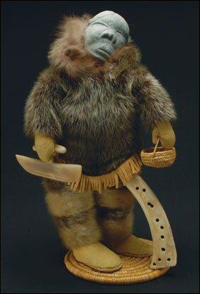 1705: Inuit Art JOHNNY INUKPUK, sculpture