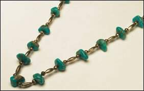 Native Art Silver and turquoise necklace formed of 1