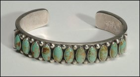 12: Native Art Navajo sterling silver open bangle forme