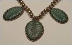Native Art Navajo sterling silver necklace formed o