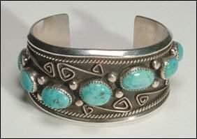 Native Art Navajo sterling silver open bangle set w