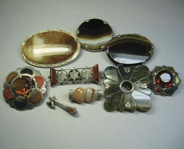 60: Small Qty Of Scottish Silver & Agate Jewellery