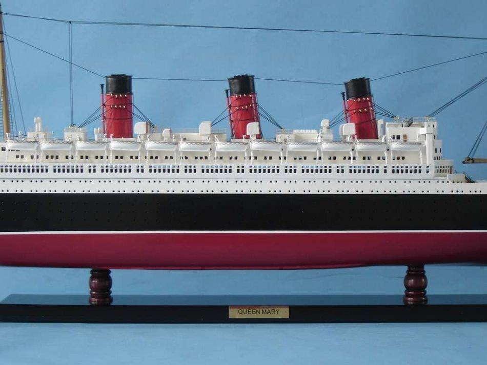 Queen Mary Model Ship - 3