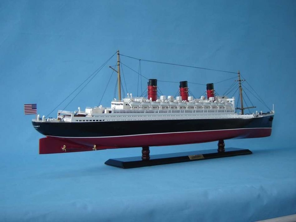 Queen Mary Model Ship - 6