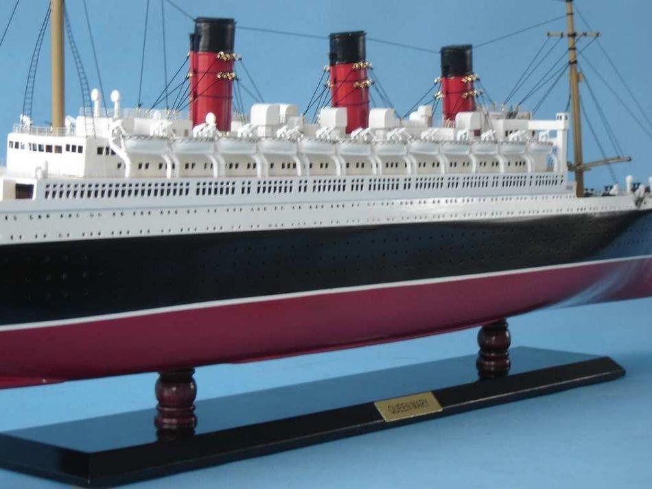 Queen Mary Model Ship - 8