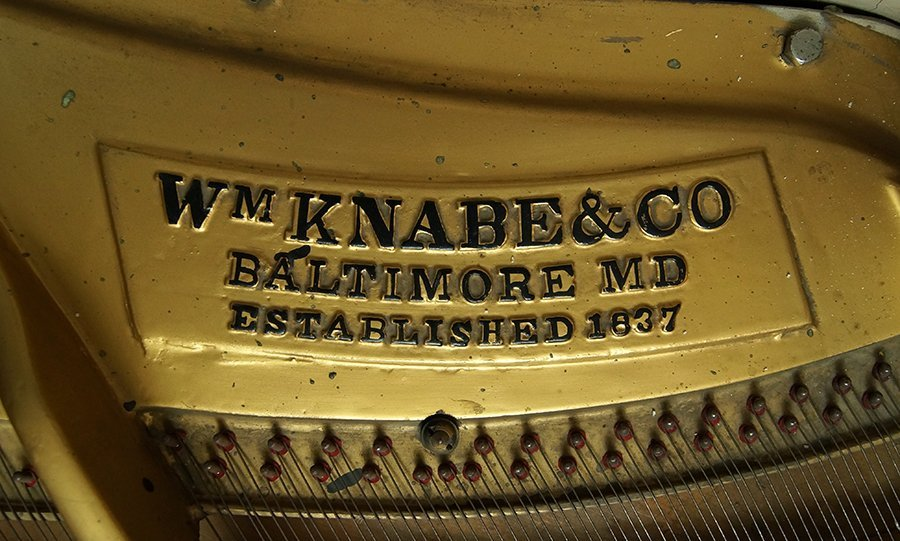A Wm. Knabe and Co. Whitewashed Grand Piano. - 4