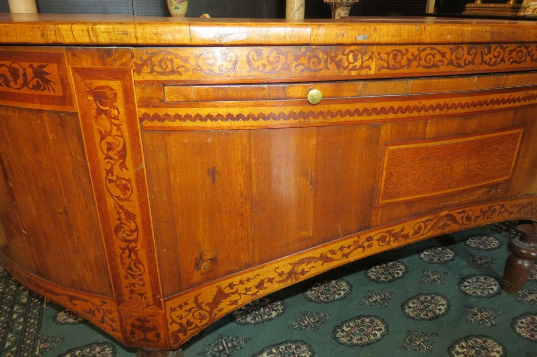 A Continental Demilune Desk. - 9