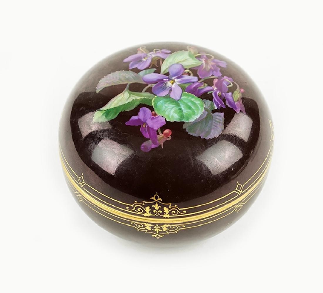 A Meissen Porcelain Box.
