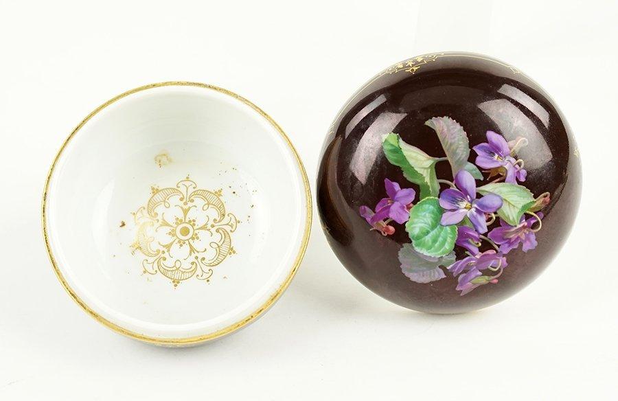 A Meissen Porcelain Box. - 2