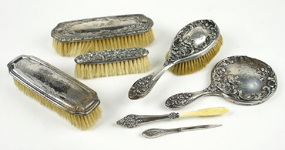 A Collection of Sterling Silver Vanity Items.