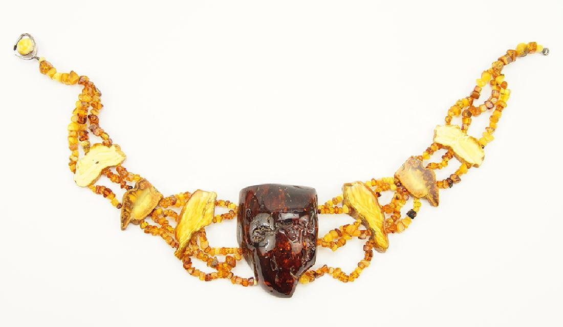 A Baltic Amber Necklace.