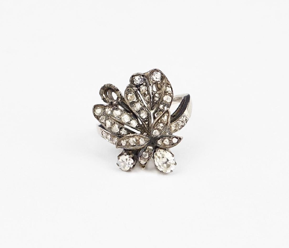 A Victorian Diamond Ring.
