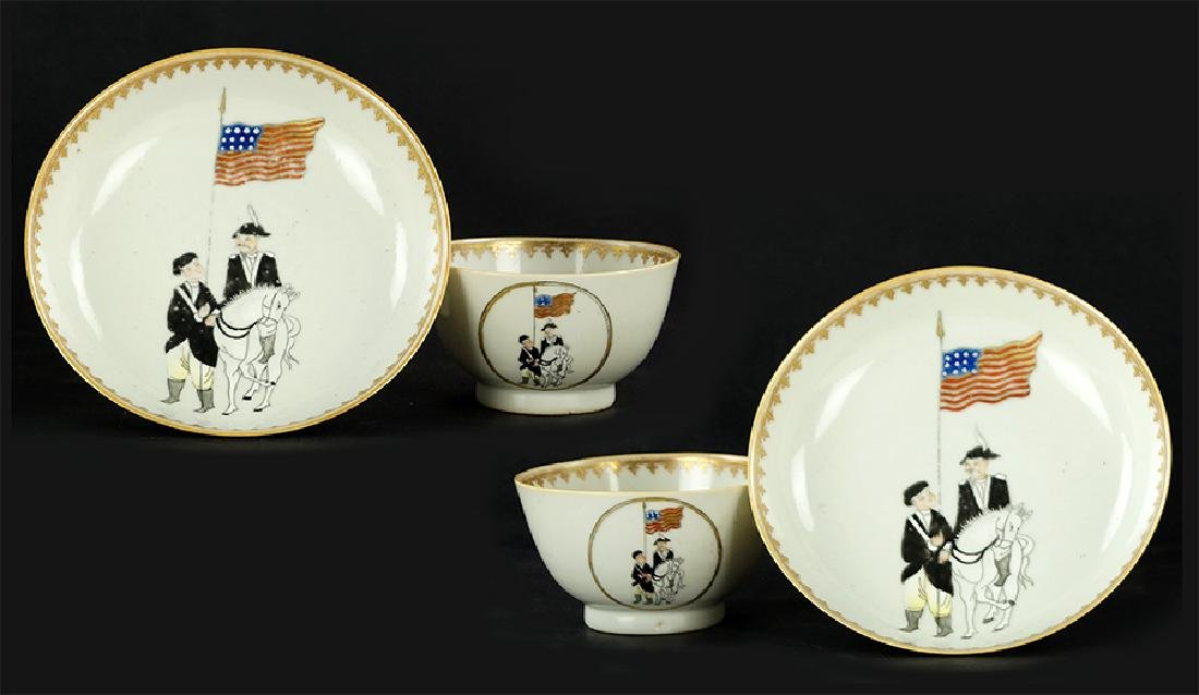 A Pair of Chinese Export Porcelain Cups and Saucers.