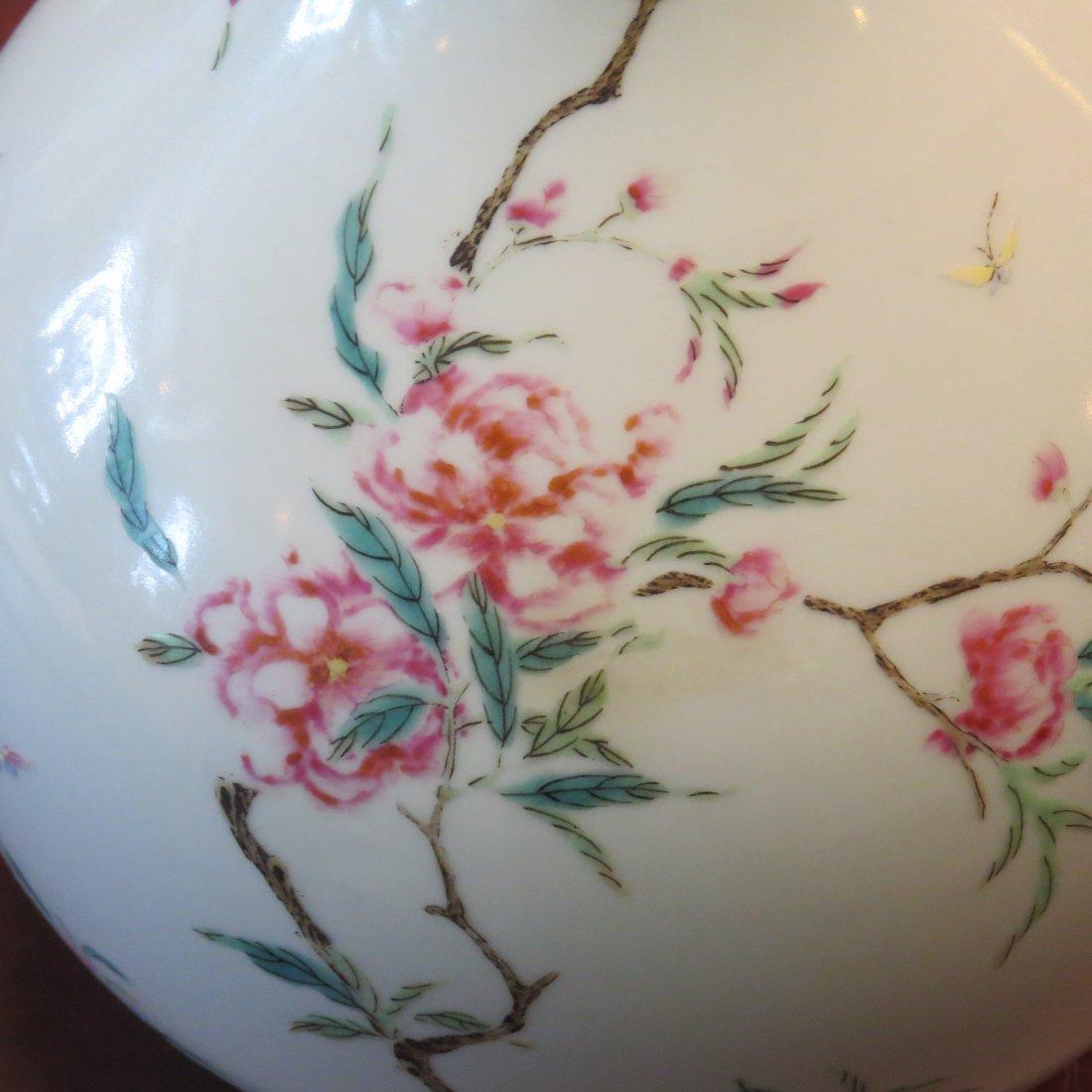 A Chinese Famille Rose Porcelain Bottle Vase. - 7