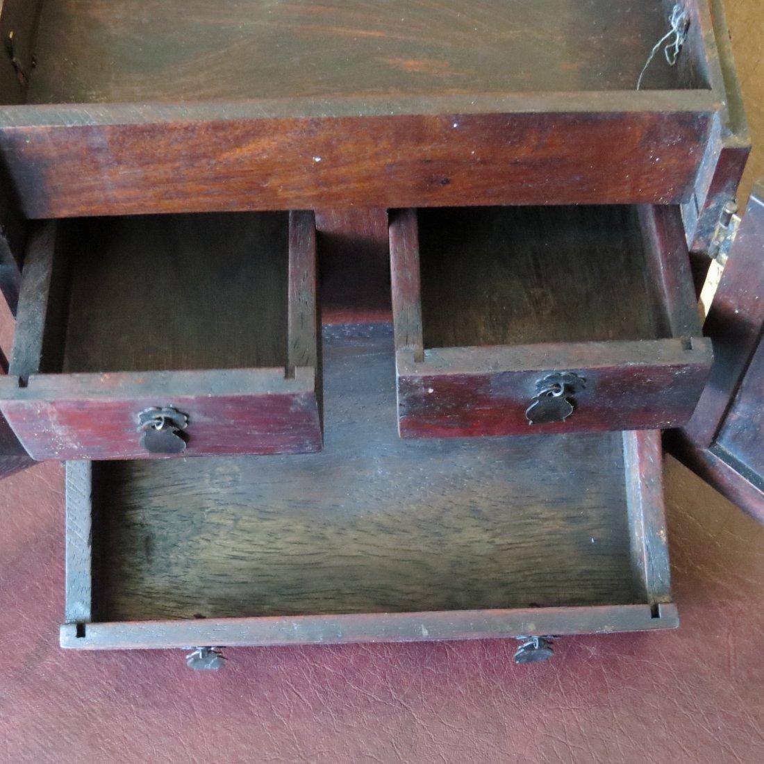 A Chinese Burlwood Box. - 7