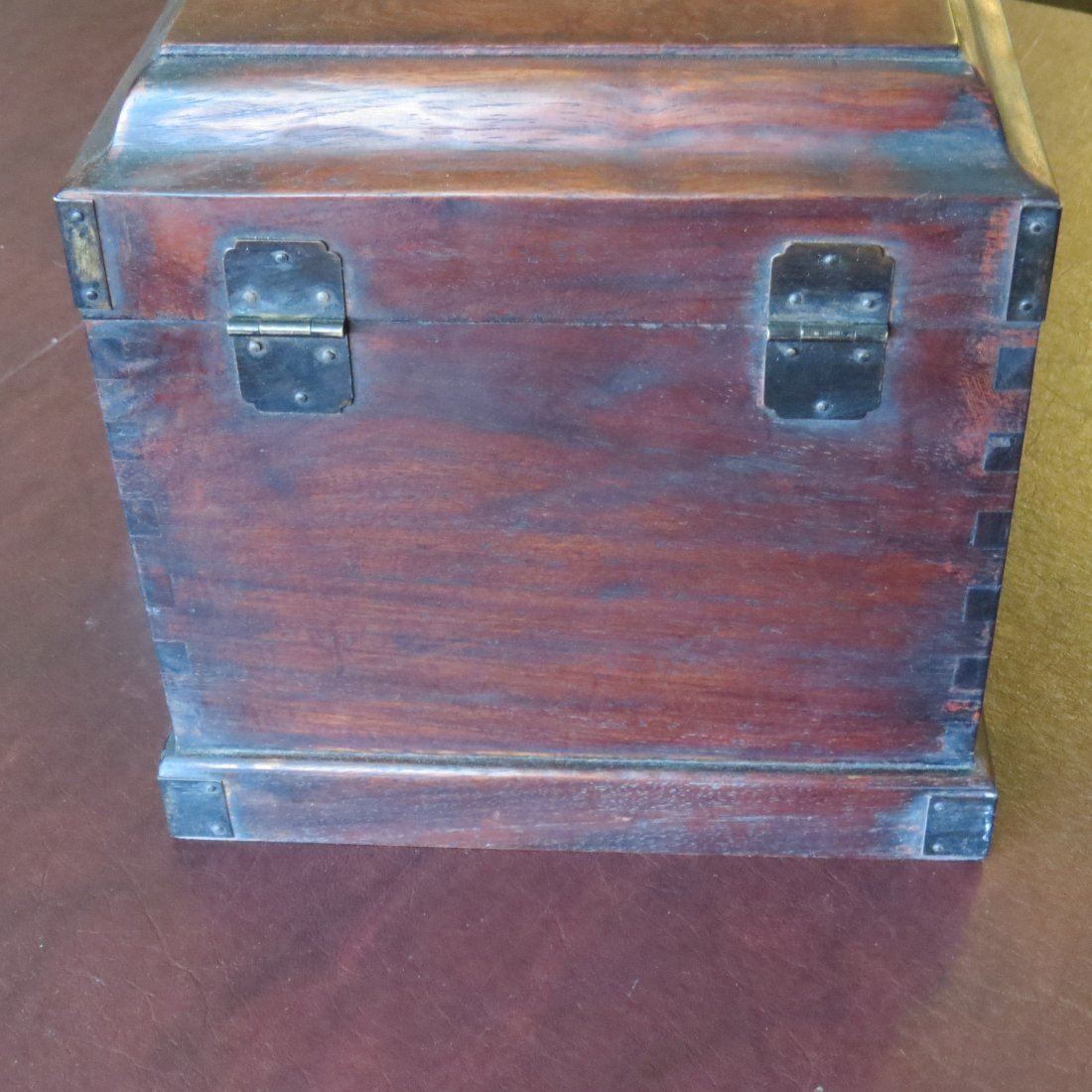 A Chinese Burlwood Box. - 9