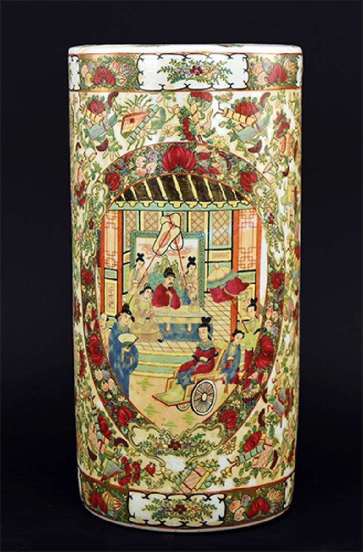 A CHinese Export Porcelain Umbrella Stand.
